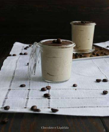 mousse al caffè di anacardi